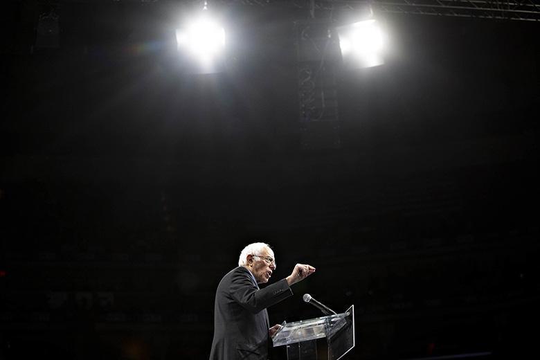 پای اینترنت به کارزار انتخاباتی باز شد: برنی سندرز وعده اینترنت خانگی پرسرعت و آزاد برای همه مردم داد