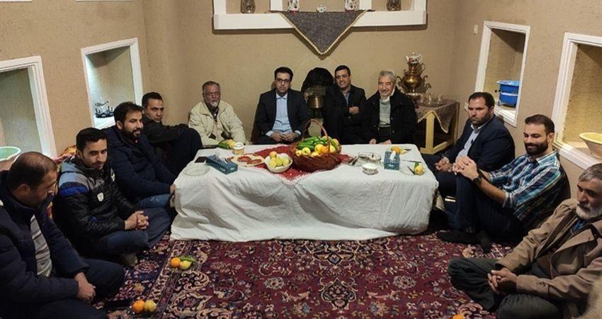 برگزاری نشست هماهنگی آیین سنتی جل جلانی در روستای طامه نظنز