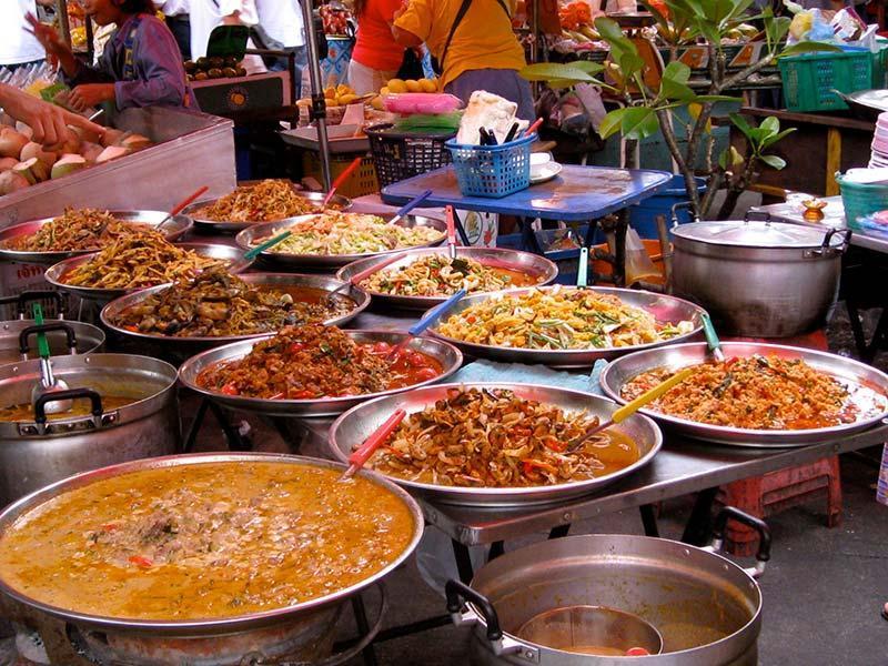 در بانکوک برای خرید غذای خیابانی به کجا برویم ؟