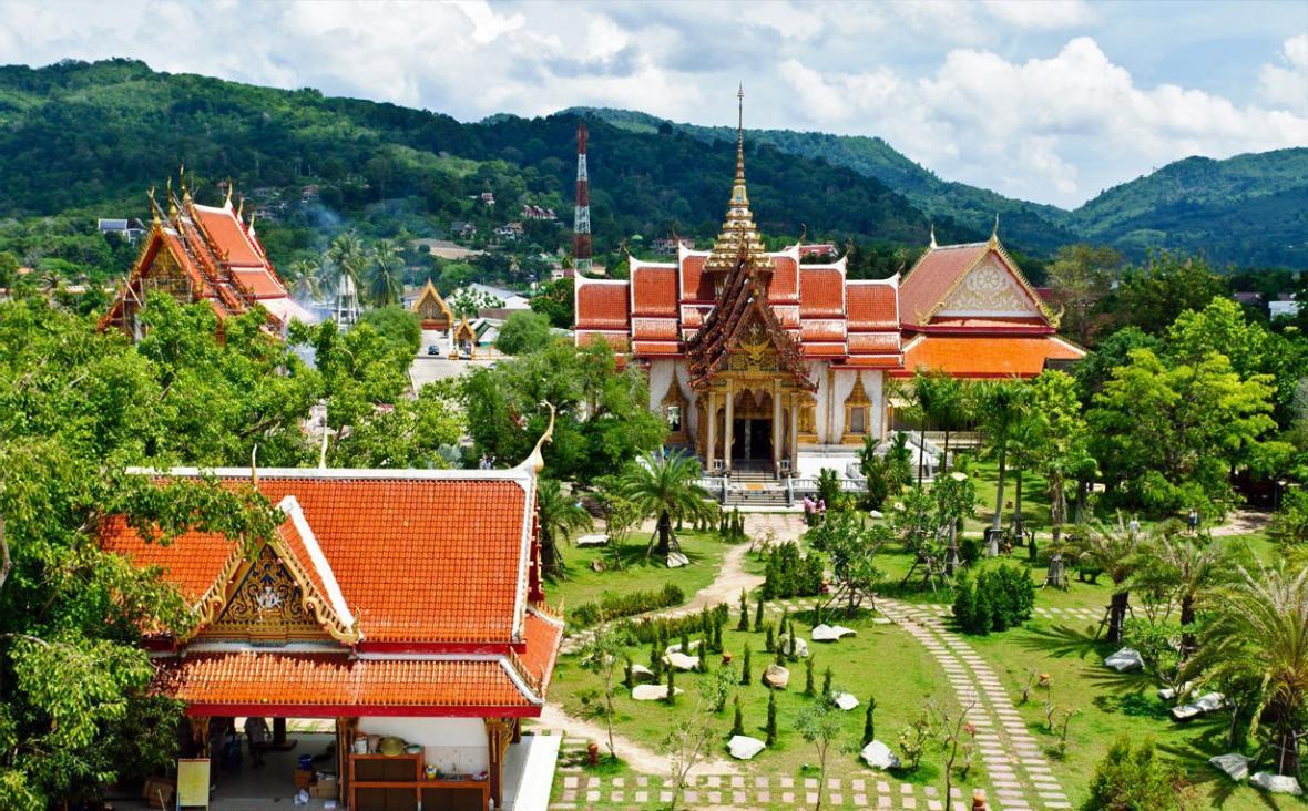 با معبد وات چالونگ پوکت آشنا شوید