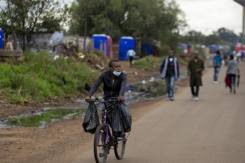 جنجال بر سر آزمایش واکسن سل برای کرونا در آفریقا