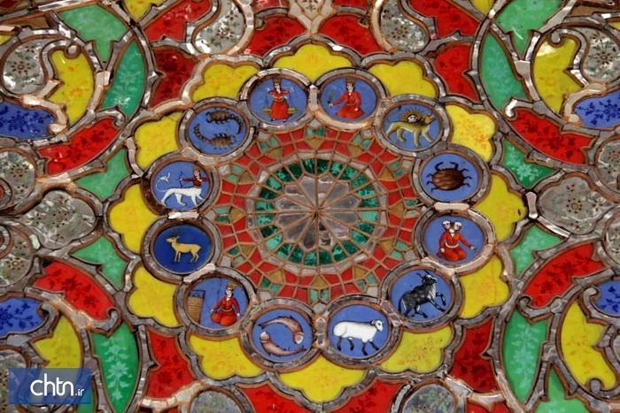باززنده سازی هنرسنتی نقاشی پشت شیشه در قزوین