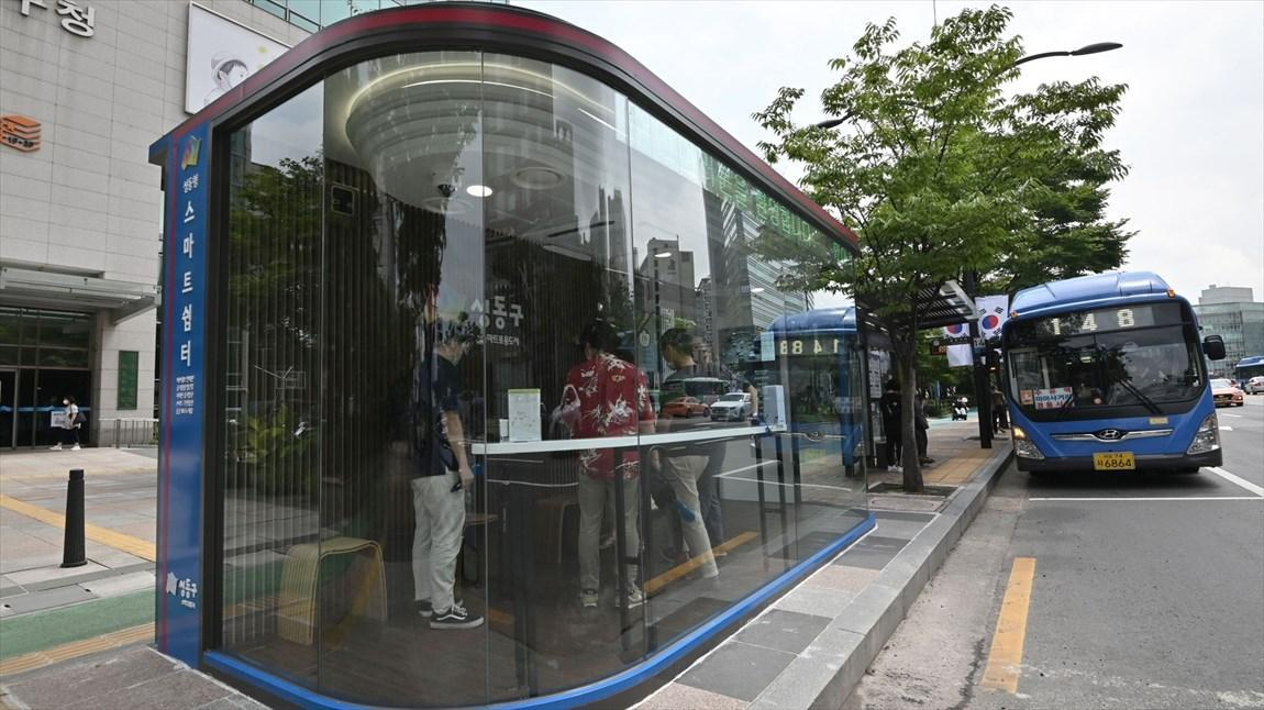 نصب ایستگاه های اتوبوس ضد ویروس کرونا