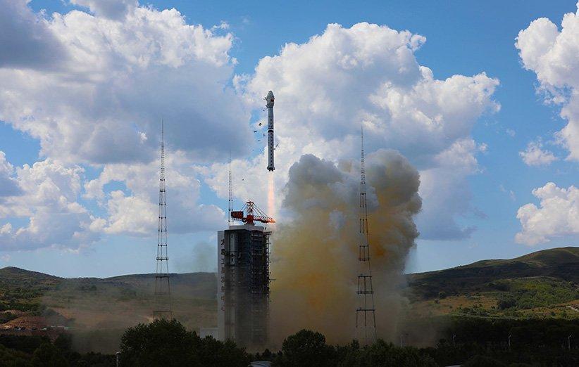 ماهواره زمین شناسی چین با موفقیت به فضا پرتاب شد