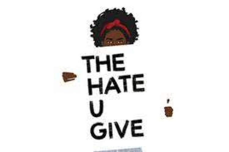 اَنجی توماس: قدرت کتاب ها فراتر از موانع اجتماعی است