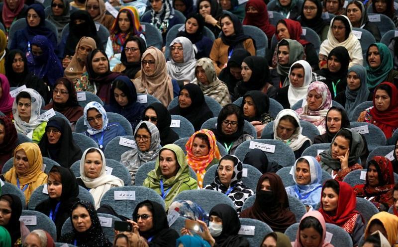 به نام مادر در افغانستان؛ نام مادر هم در کارت ملی نوشته می شود، طالبان: ننگ و رسوایی است