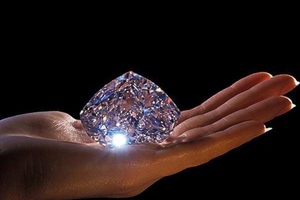 خواص درمانی سنگ الماس را بشناسید