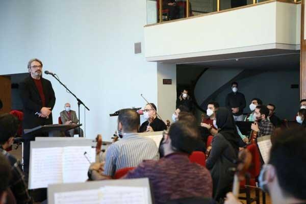 بازدید حسین علیزاده از تمرین ارکستر ملی ایران